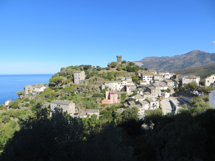nonza-on-cap-corse-corsica-setting-for-the-house-at-zaronza